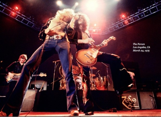 Led-Zeppelin-Sound-And-Fury-screen-shot-1-e1366263403414