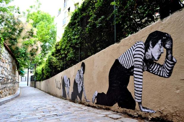 13-street-art-in-paris-by-levalet