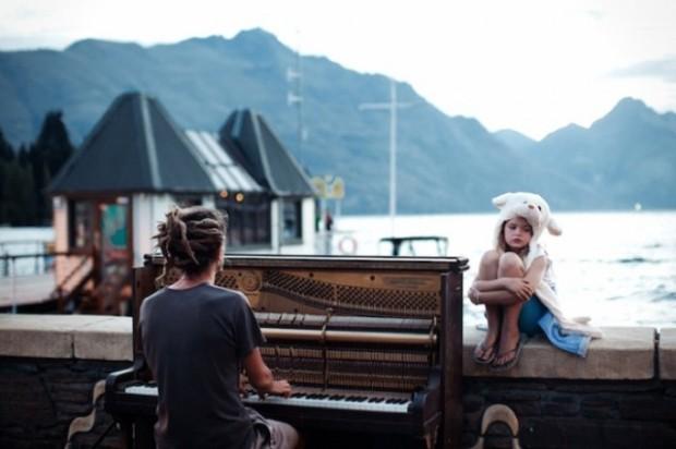 Merit Winner : Piano Play at Sunset – Nikola Smernic